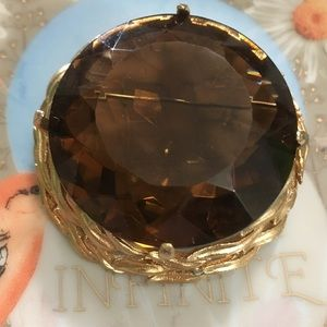 VTG Large Gold Tone Amber Glass Brooch